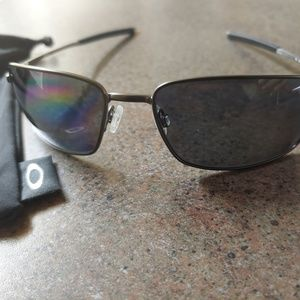 Oakley sunglasses for Mens